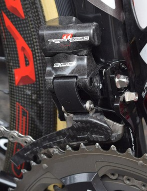 The Campagnolo Super Record EPS front derailleur is paired with a chain catcher for added security
