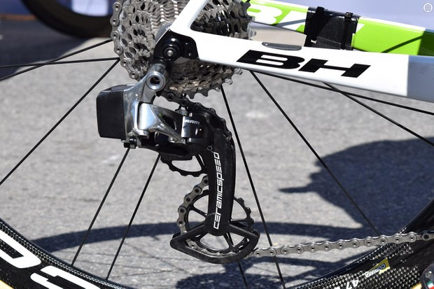 Warren Barguil was the only rider at the race to use a SRAM iteration of CeramicSpeed's OSPW system