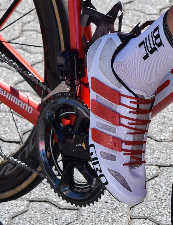 Rohan Dennis wears Giro Techlace Prolight shoes in custom BMC colours