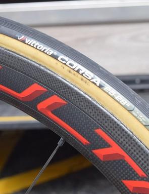 The Italian theme continues with 25mm Vittoria Corsa tubular tyres