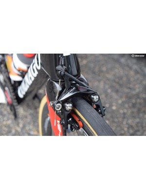 Colnago V2-R framesets use direct mount brakes, with Dan Martin using non-series Campagnolo direct mount calipers