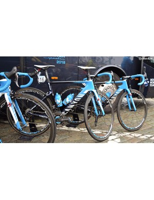 Movistar Team riders raced the Tour of Flanders on Canyon Aeroad and Ultimate bikes