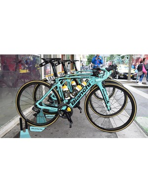 The iconic celeste Bianchi were on show for LottoNL-Jumbo