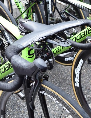 Rolland opts for an integrated carbon cockpit as opposed to a standard stem and handlebar combination
