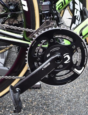 As usual, the EF-Drapac bikes are equipped with Cannondale's proprietary crankset with SRM power meter