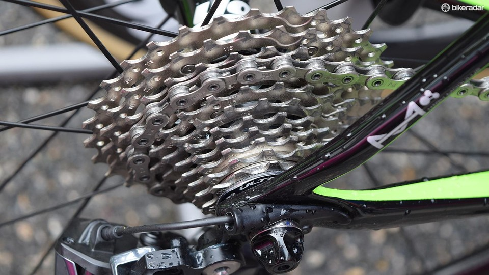 13624ad0f98 EF-Drapac is one of a few WorldTour teams to use Shimano Ultegra cassettes