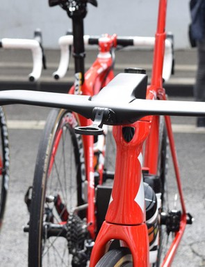 A look at the frontal area of the cockpit and narrow head tube of the aero frameset