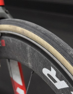 Here you can see how the outer tread of the Vittoria tyres are in a file pattern to help grip on the cobbles