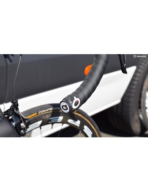 Prologo provides Bahrain-Merida with contact point components in the form of saddles and handlebar tape