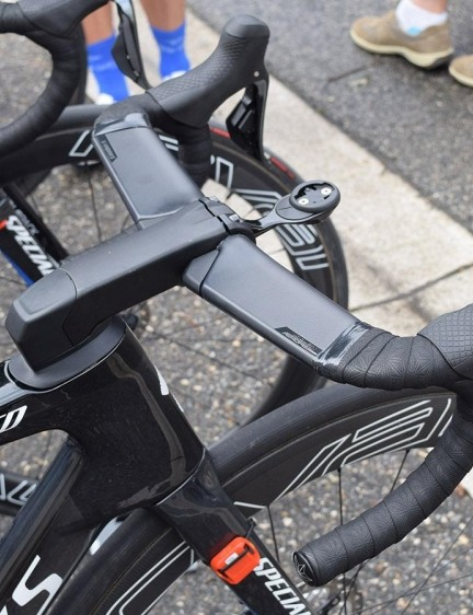 The new aero bikes from Specialized have been equipped with new S-Works Aerofly handlebars