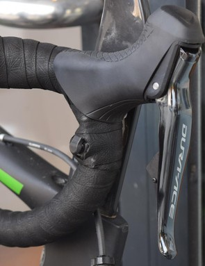 The multiple cyclocross world champion runs satellite sprint shifters on the drops of the handlebars