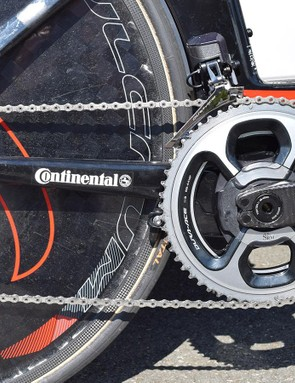 Nibali's Merida is equipped with a Shimano Dura-Ace R9150 drivetrain with an SRM Origin crankset