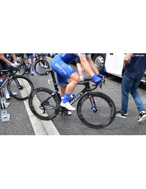 Only disc brake versions of the bike were seen and it would be no surprise if a rim brake version was not offered by Specialized