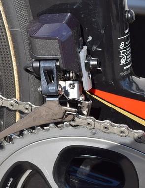 Shimano Dura-Ace R9150 derailleurs provide the shifting on Nibali's Merida