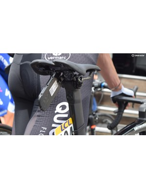 The Di2 junction box looks to be located at the top of the seat post