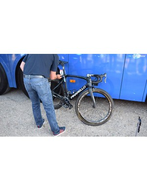 UCI commissaires test bikes ahead and after the stages for technological fraud