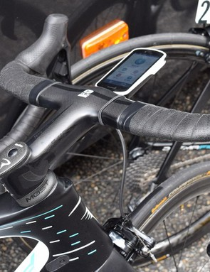 Other manufacturers have also been using integrated carbon cockpits, including Pinarello, Scott and Factor