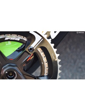 Uran opts for a standard chainring combination of 53/39
