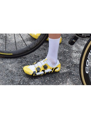 Romain Bardet wears the €1,000 Mavic Comete carbon shoes