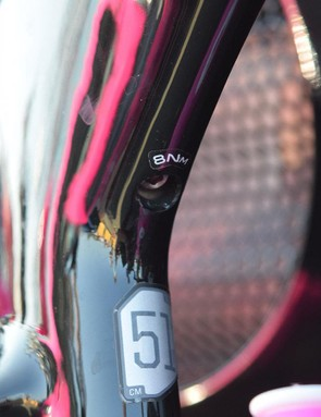 The seatpost is clamped via a hex bolt on the inside of the seat cluster in the main frame triangle