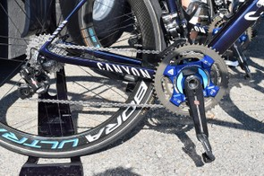 Movistar uses Campagnolo Super Record EPS drivetrains