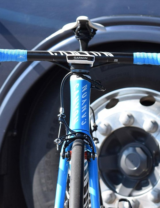 The front end of Valverde's bike was neat