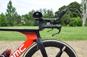 3T produces the customisable cockpits for the BMC time-trial framesets
