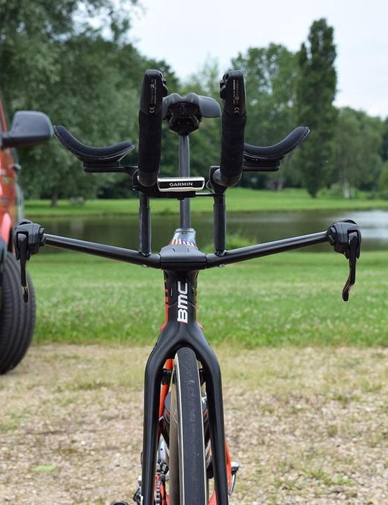 Truncated tube profiles throughout the bike improve aerodynamics