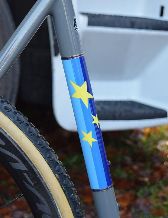 Sections on the seat tube and down tube are painted in the European colours