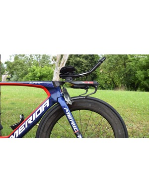 A look at the front end of Nibali's time trial setup