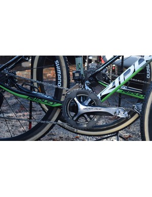 Shimano Dura-Ace 9000 crank with Ultegra chain rings and Dura-Ace R9150 derailleurs