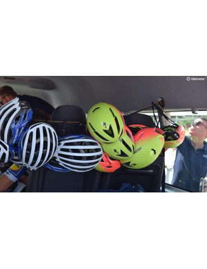 A new aero lid from Specialized was spotted throughout the race