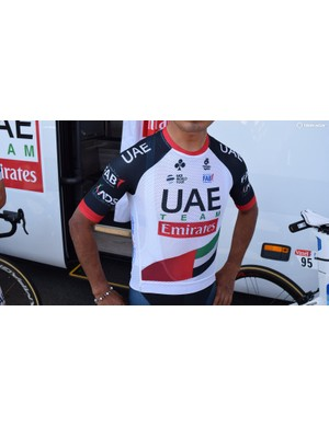 UAE Team Emirates' clothing provider Champion Systems has debuted a zipless jersey at the race