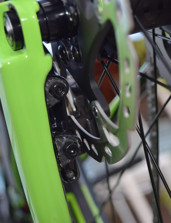 Hold up! That's a roadie flat-mount brake mount hiding in there – cheeky (and very difficult to photograph!)