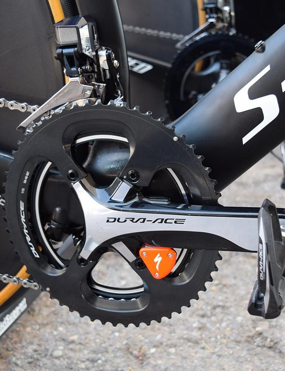 The Dura-Ace 9000 series crankset is equipped with a Specialized power meter and paired with special pro-only R9100 series chainrings
