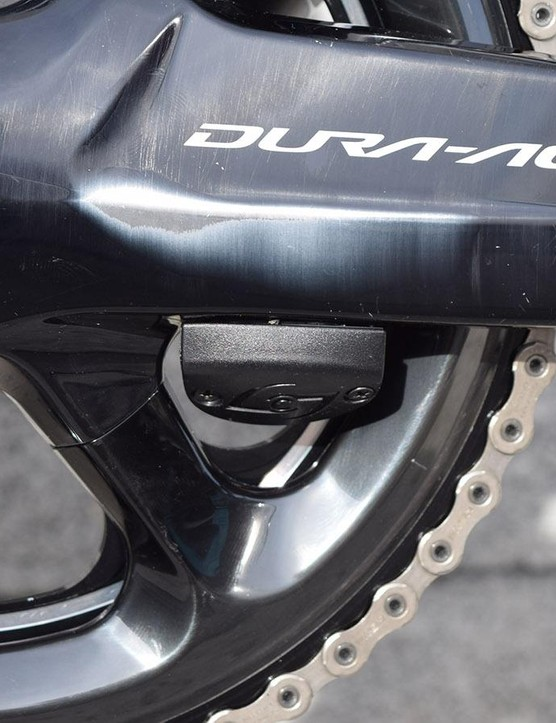 As with the majority of Team Sky riders this season, Thomas' bike is equipped with a Stages power meter, the team also has the option of using Shimano