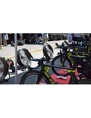 Mitchelton-Scott had fans lined up to prevent their riders getting too hot during a warm-up