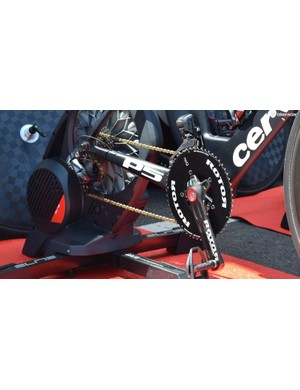 Tom-Jelte Slagter's time trial bike was equipped with Shimano Ultegra components