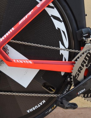 The bike is equipped with a SRAM Red eTap drivetrain
