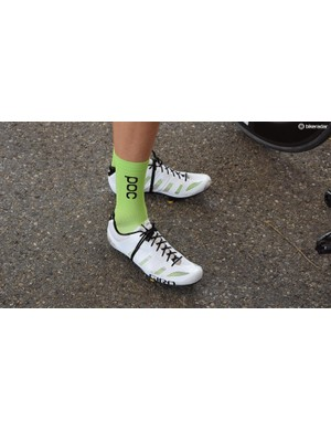 Taylor Phinney of EF Education First-Drapac seems to have removed the Velcro straps from Giro's Prolight Techlace shoes and just gone with laces