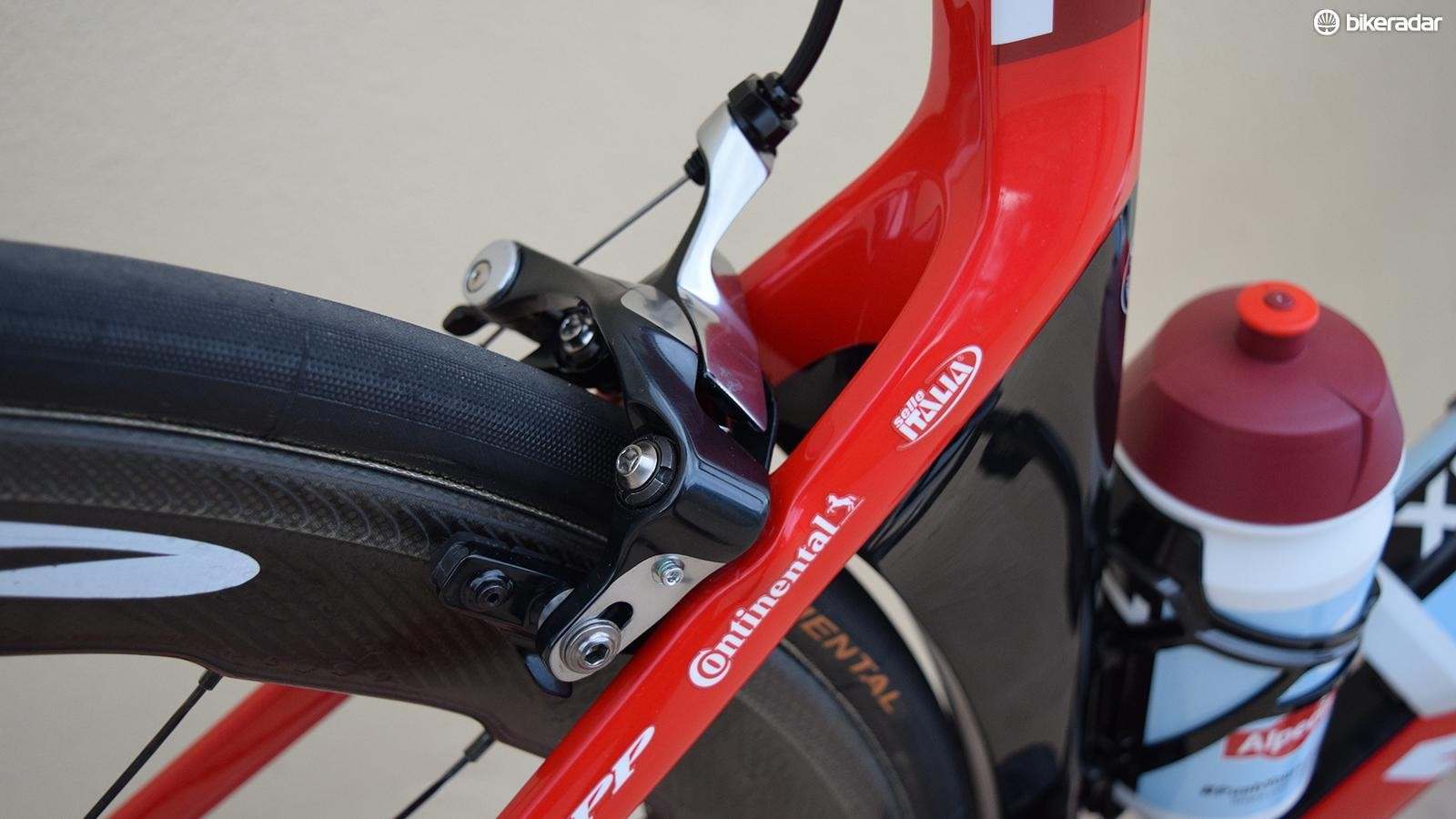 Pros had previously been forced to use Shimano's direct-mount brakes or others