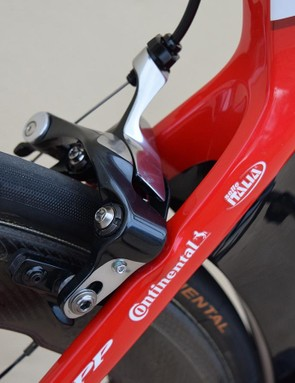 SRAM doesn't yet make diract mount brakes, so Katusha-Alpecin opts for some unbranded Shimano Dura-Ace calipers
