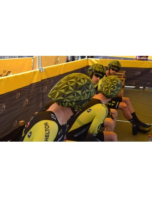 A look at the new aero helmets from Scott