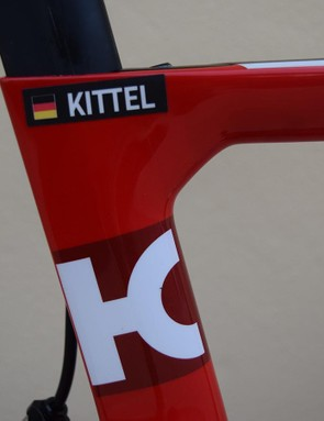 We were slightly disappointed this sticker isn't parallel with the top tube edge