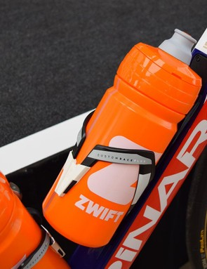 The team uses Elite Custom Race Plus bottle cages