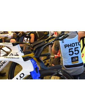 Geraint Thomas raced with the custom, 3D printed titanium cockpit from Pinarello