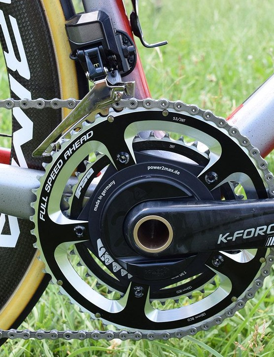 The bike is equipped with a combination of Shimano Dura-Ace R9150 and FSA K-Force Light components