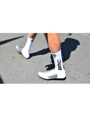 The BMC Racing team wore new oversocks from Assos