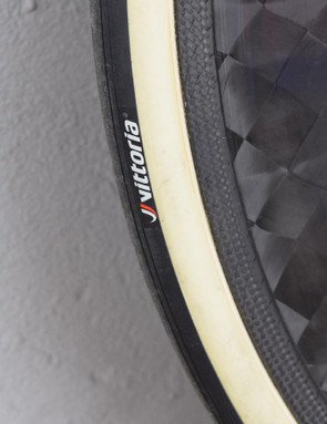 The wheels are paired with gumwall Vittoria tubular tyres