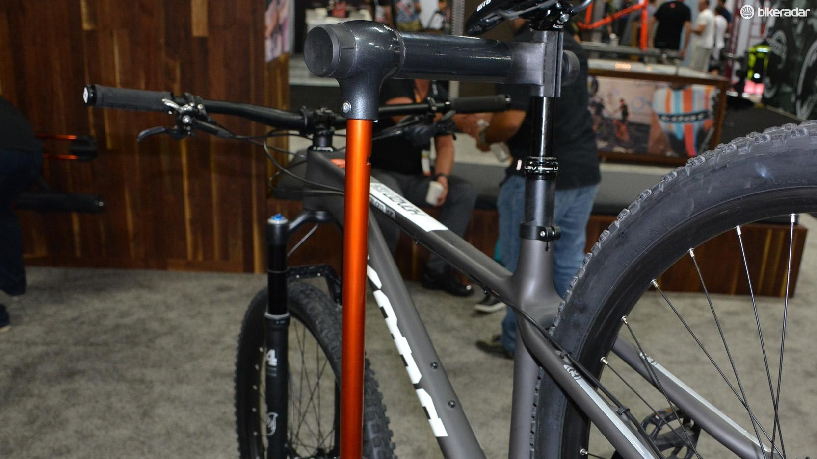 The rack's workstand can be popped off and put on top of a proper standalone stand